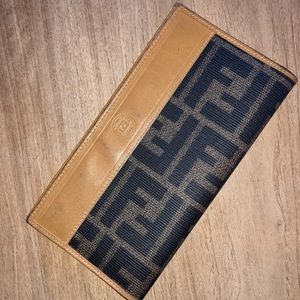 Vintage FENDI Zucca checkbook cover (AUTHENTIC)